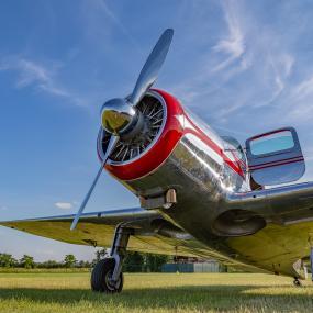 OSAC avion sur herbes